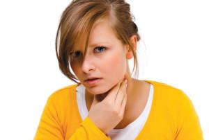 Ком в горле: почему ощущается комок в горле? Что делать, если в горле стоит ком?